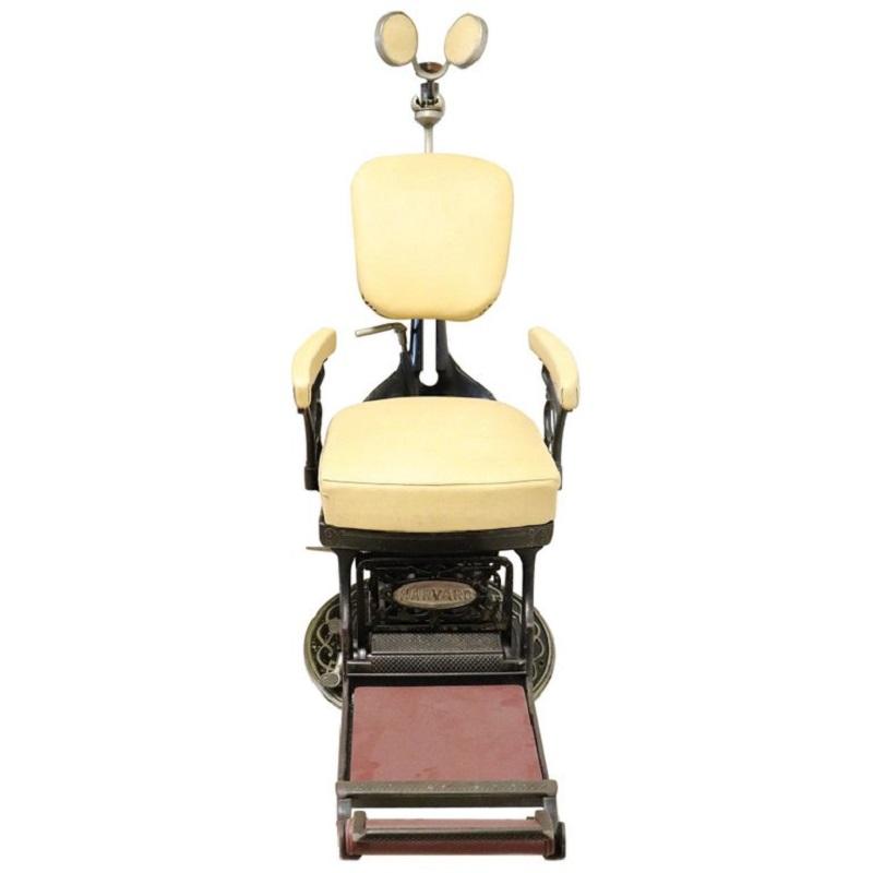 Sedia da dentista antica in ferro forgiato e pelle, 1910 - Mobili ...